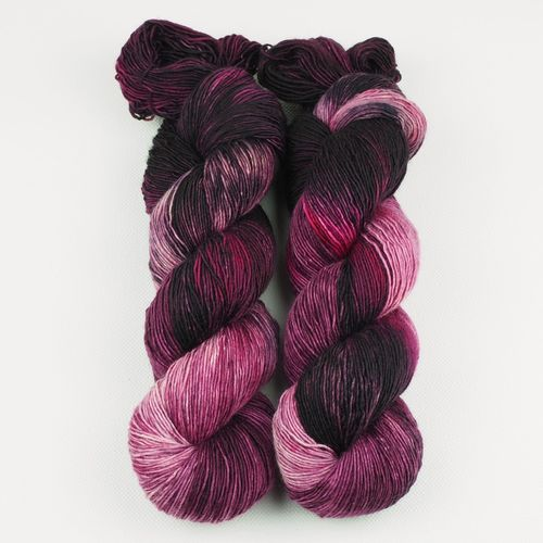 Dark Berries - Merino Single